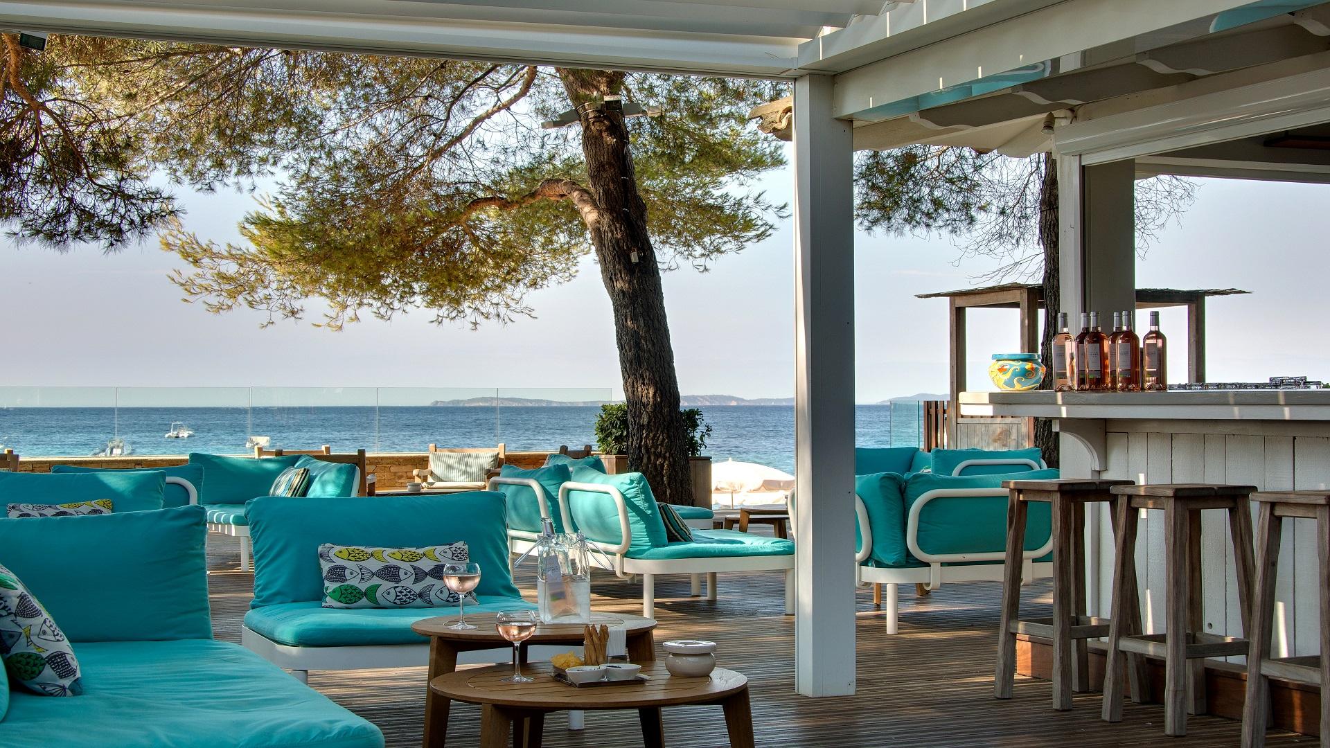 Luxury hotel ramatuelle la pin de plage 4 star sea side for French luxury